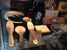 Cubiertos de madera personalizados.